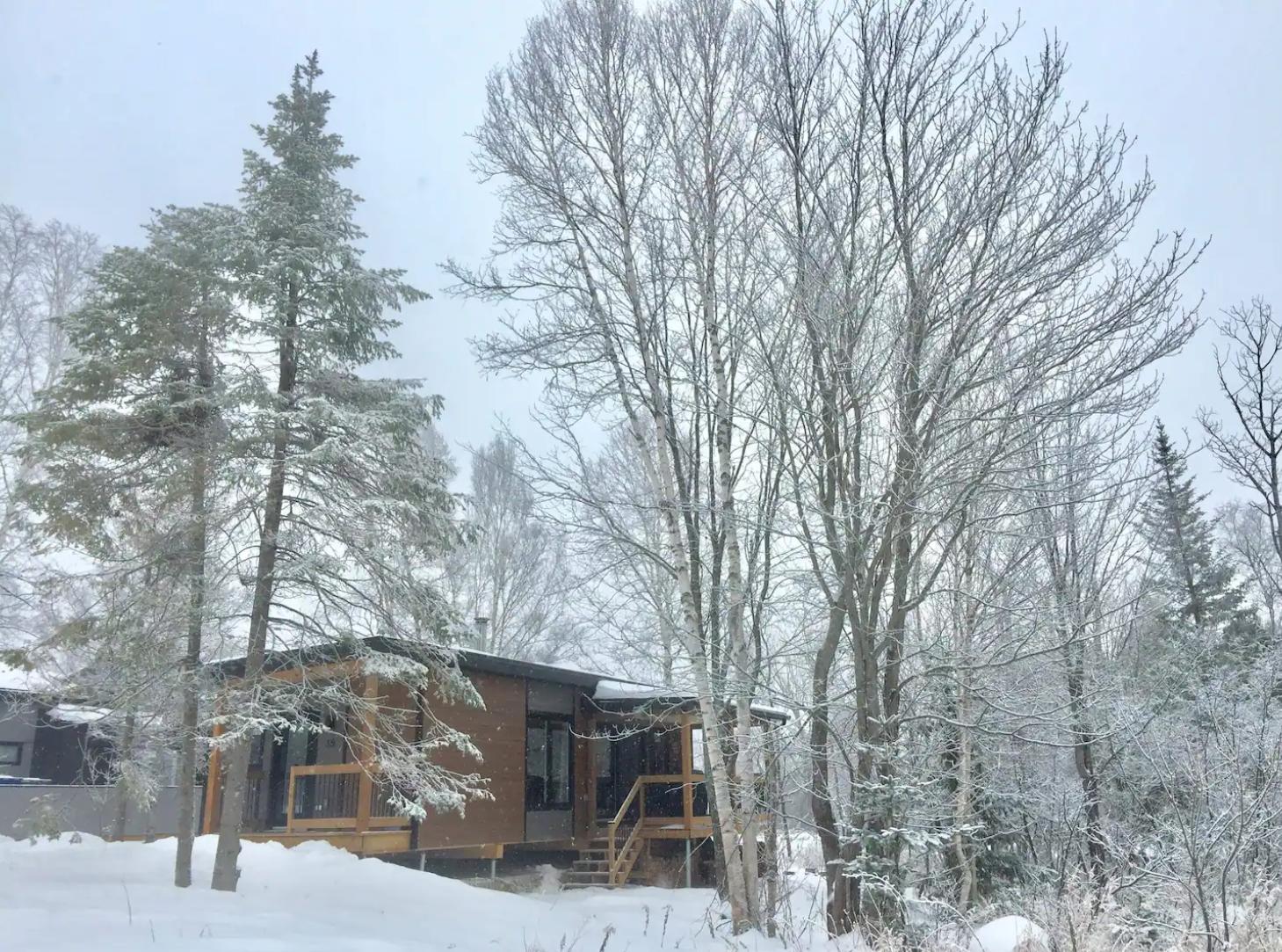 Ski in - ski out cottages for rent in Quebec #18